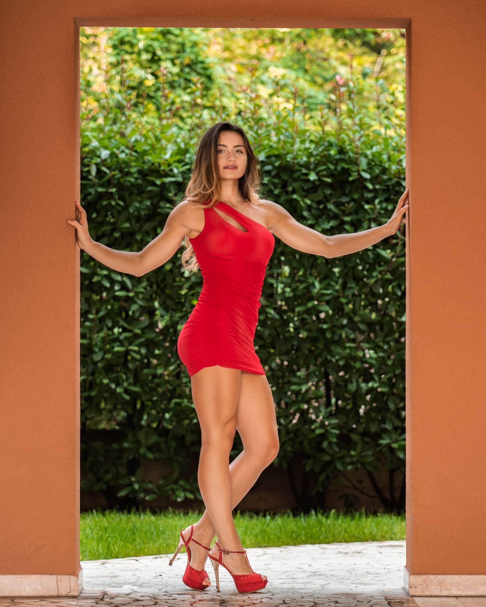 fotografofitness-giulia-costa-vestito-rosso